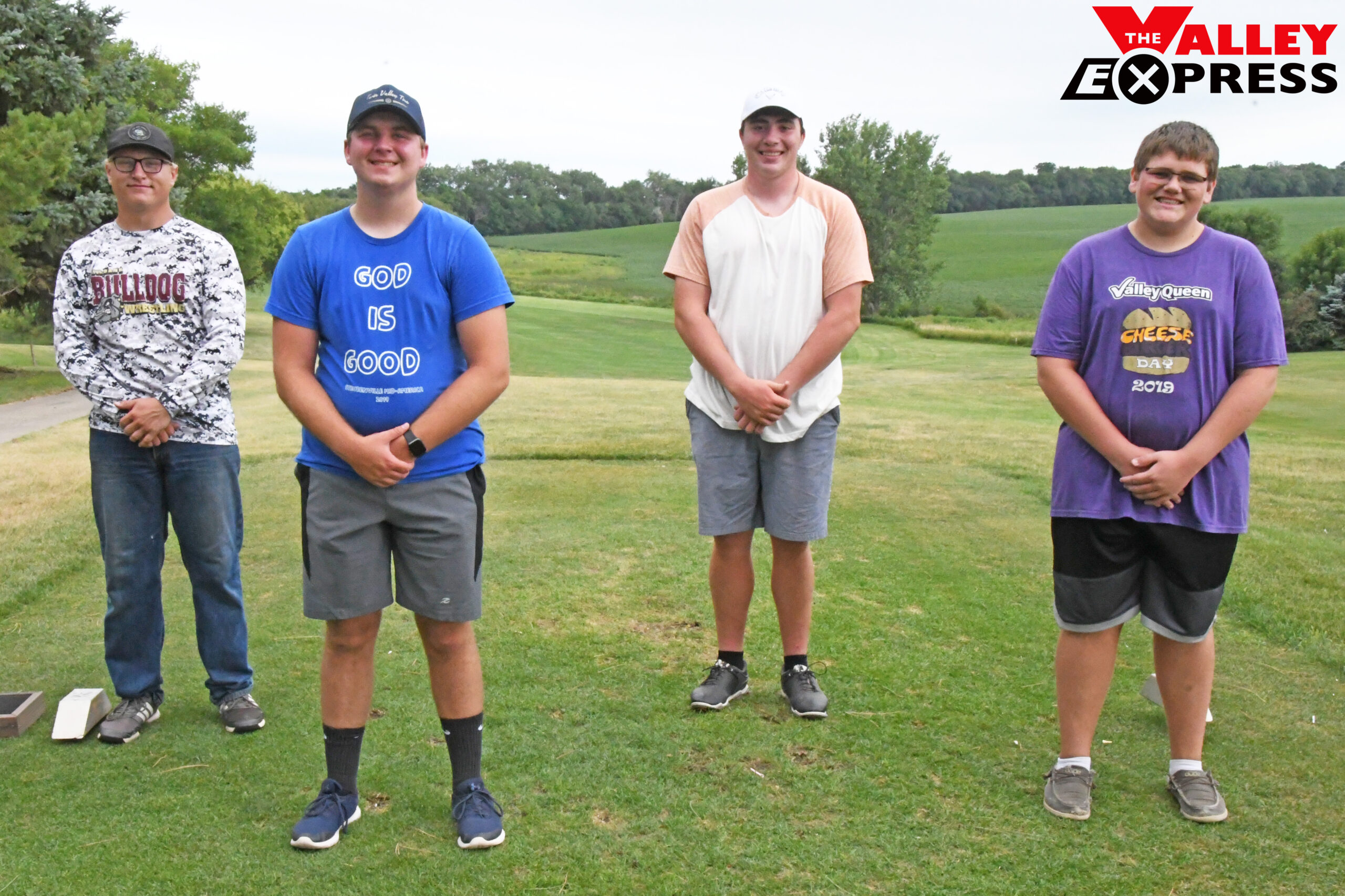 Four Seniors to Lead Bulldog Golfers