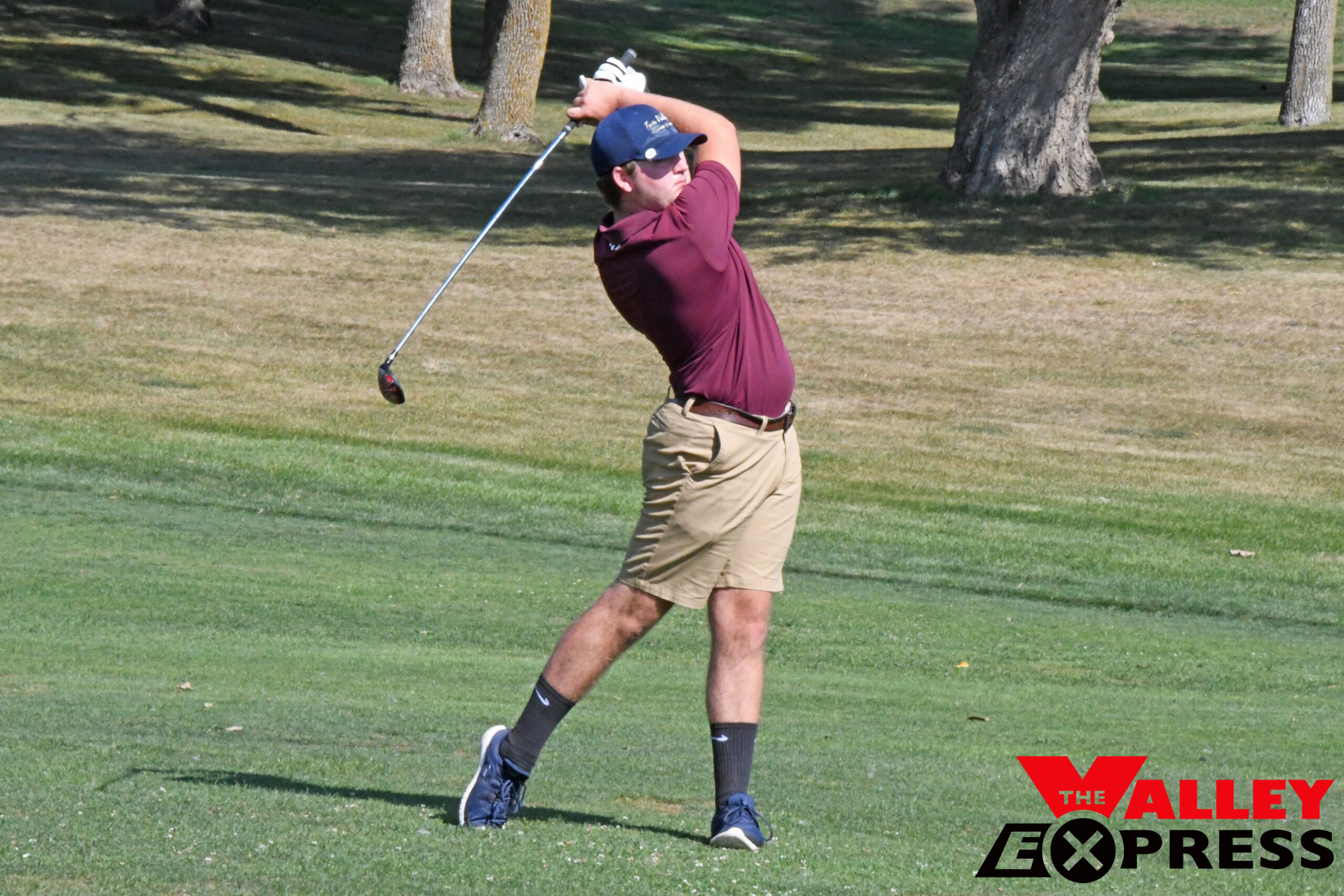 Bulldog Golfers Finish Third in Sisseton Tournament