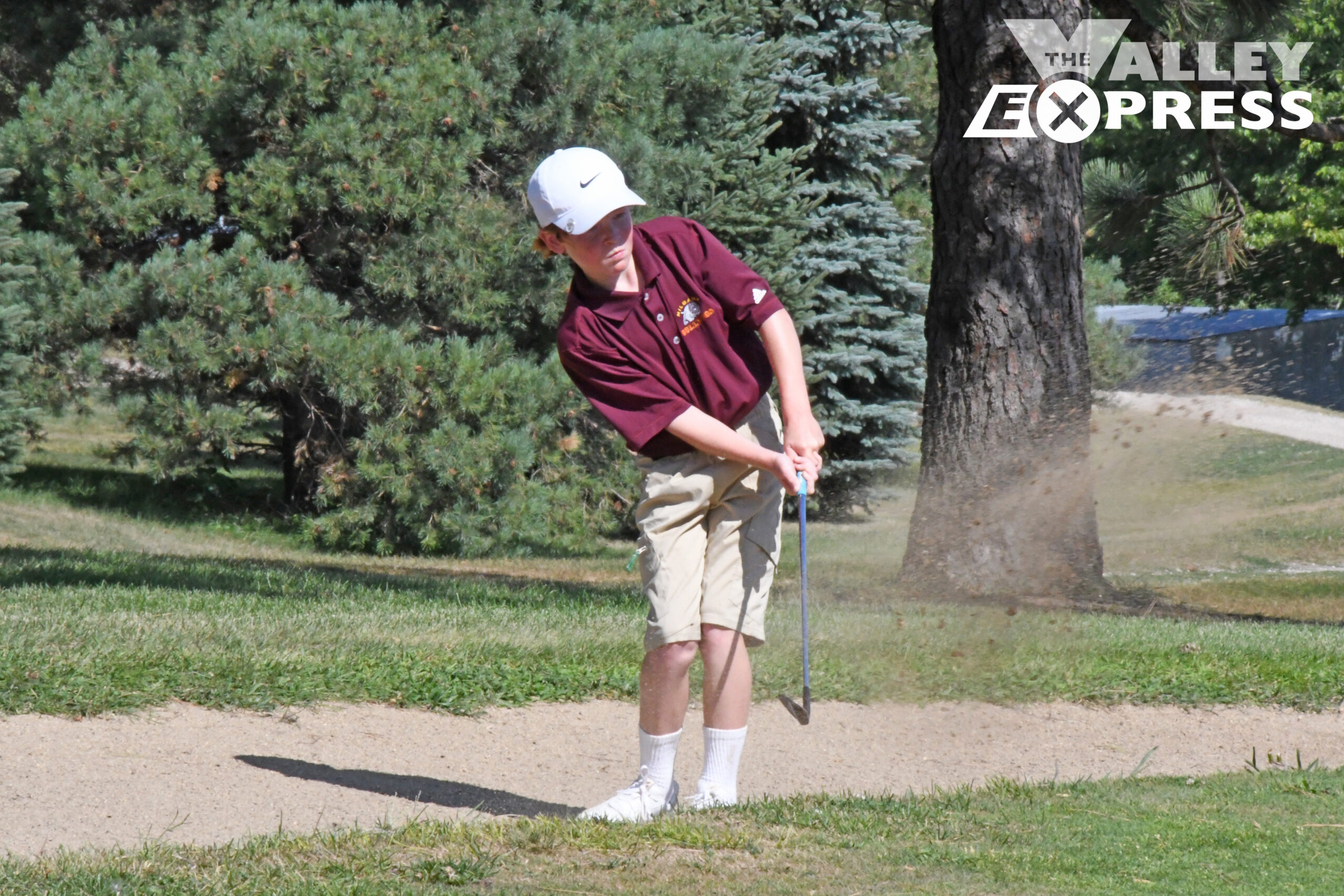 Bulldogs Golfers Take Fourth at Redfield