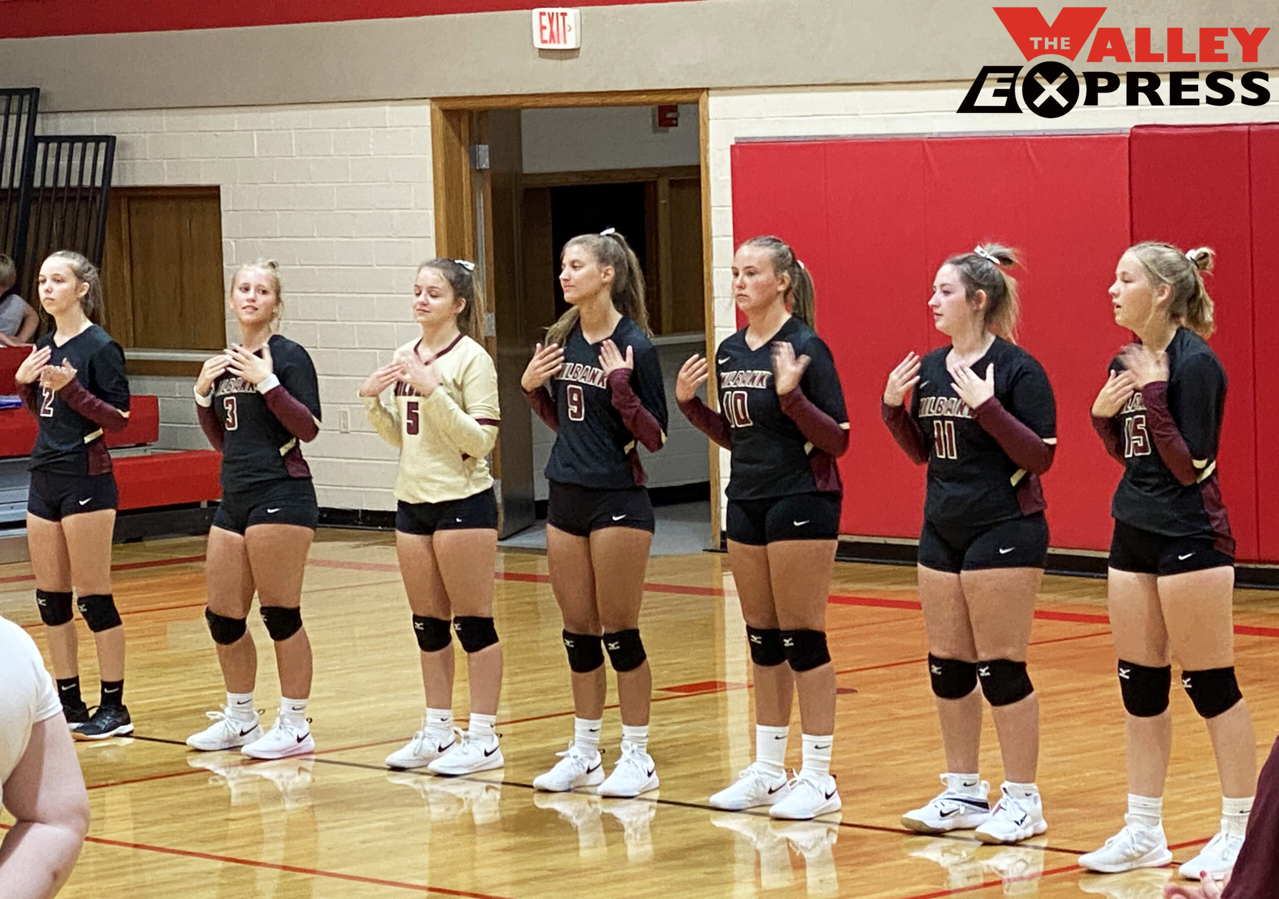 Lady Bulldogs Struggle to Get the Job Done