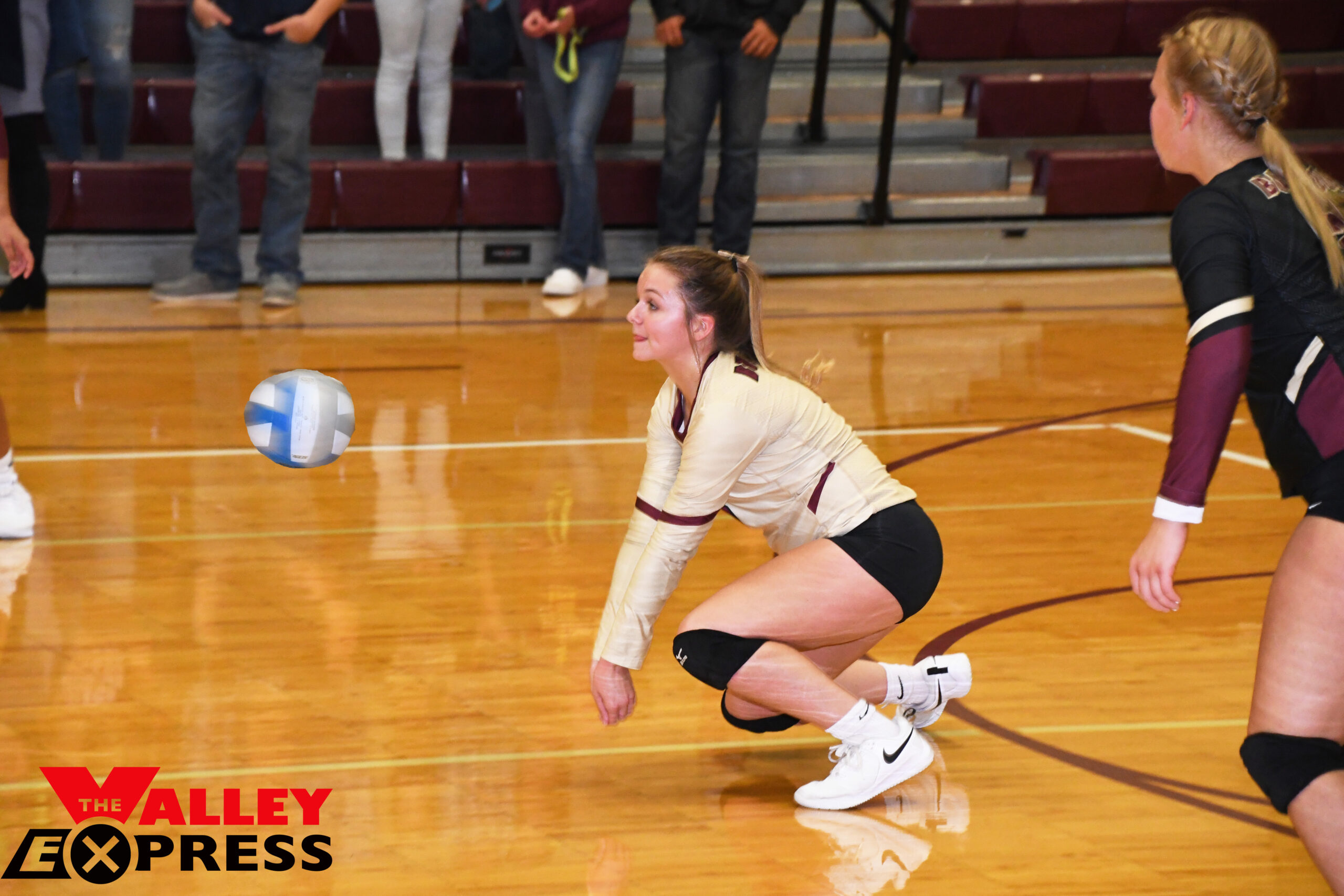 Schulte Tallies Season-High of 30 Digs for Lady Bulldogs