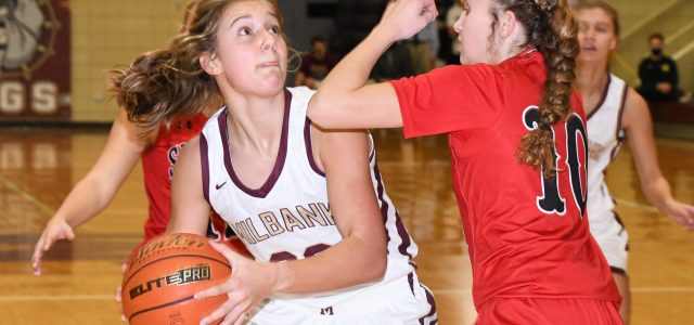 Lady Bulldogs Fall in Basketball Thriller