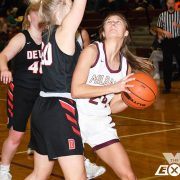 Lady Bulldogs Fall to Tigers and Mustangs