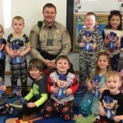 Deputy Sheriff Jeremy Steffensen Visits Emanuel Lutheran Preschool