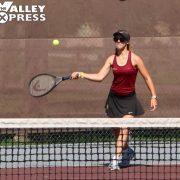 Lady Bulldogs Tennis Team Defeats Spearfish